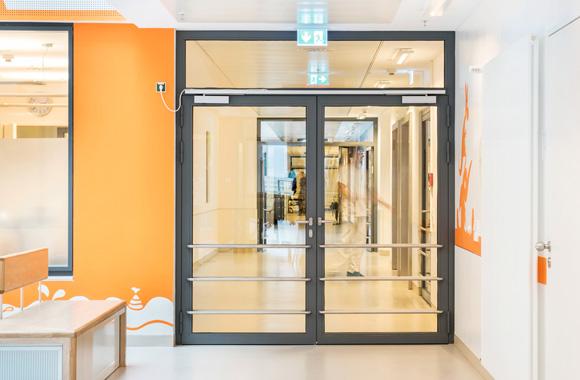 feststellanlagen pyro brandschutztechnik k ln. Black Bedroom Furniture Sets. Home Design Ideas
